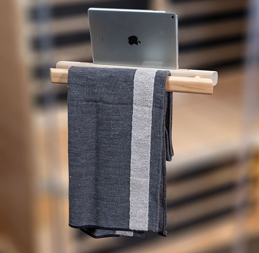 S3-Handle-with-towel-&-ipad