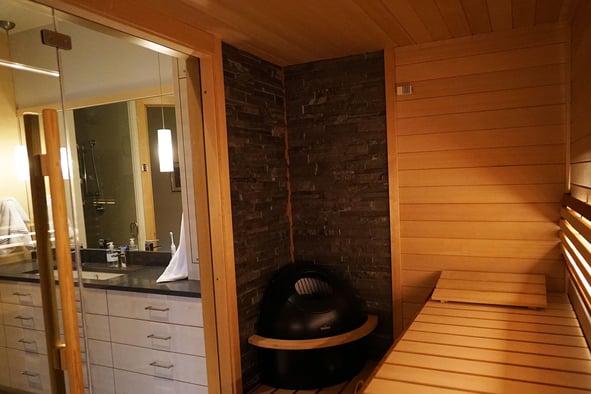 Osmo-Vanska---Sauna-interior---bench-&-heater---web.jpg