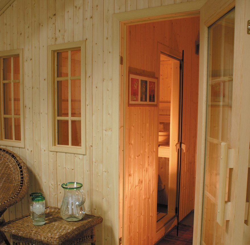 outdoor-metro-sauna-interior