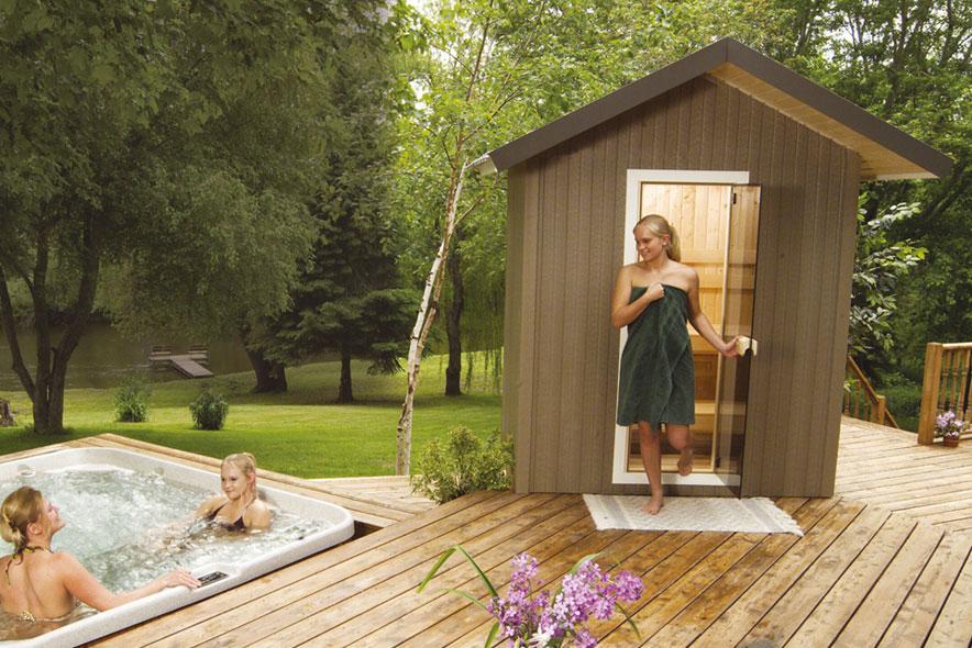 small_Outdoor_sauna_finnleo.jpg
