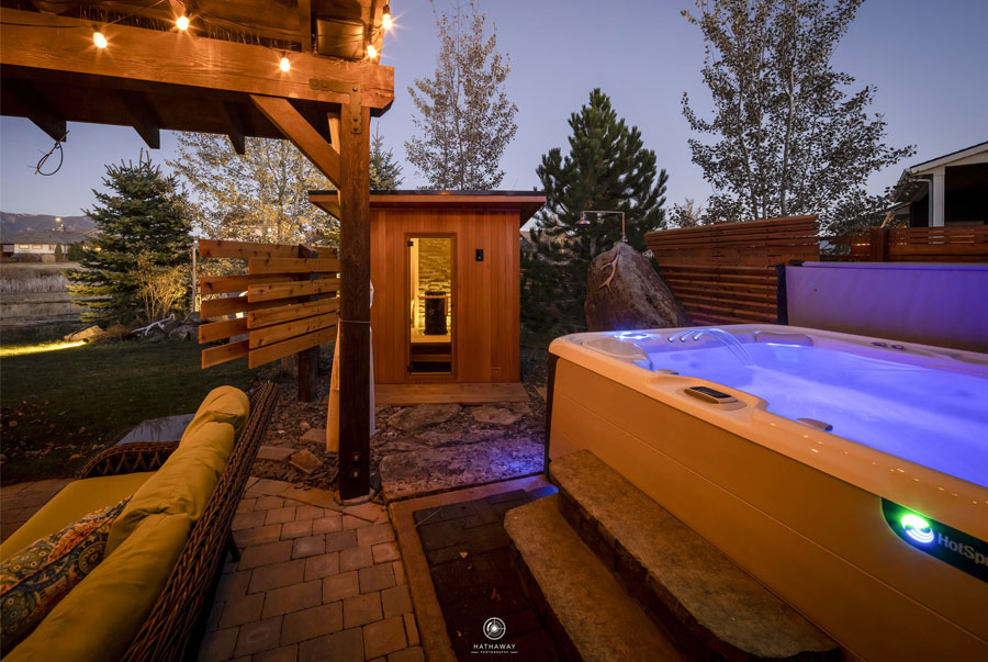 Gallery---Euro-Patio-with-hot-tub